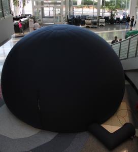 Mobile planetarium dome
